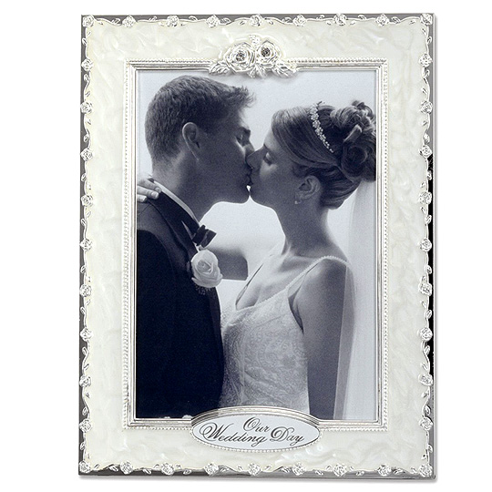 Lawrence Pearl Roses Wedding Frame - 5x7